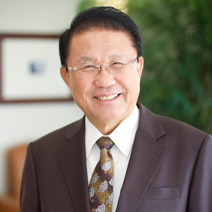 Dr. Daniel Kim